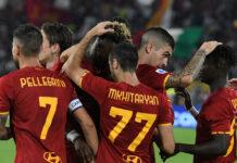 romanews-roma-esultanza-squadra-romaempoli